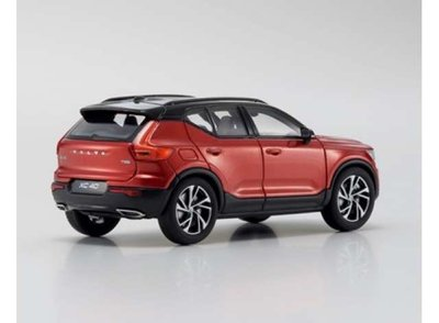 Kyosho 1:43 Volvo XC40 rood / red metallic (pre-order)