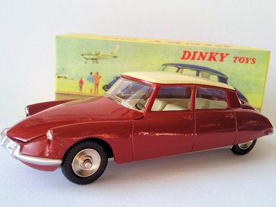 Dinky Toys 1:43 Citroen DS 19 rood Edition Atlas rood