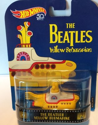 Hot Wheels 1:64 The Beatles Yellow Submarine geel