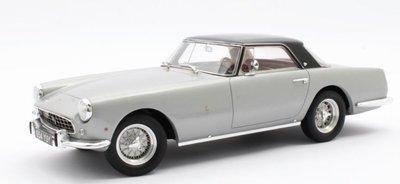 Matrix 1:18 Ferrari 250 GT Coupe Pininfarina zilver, oplage 204 stuks