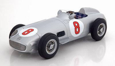 iSCALE 1:18 Mercedes Benz W196 #8 Juan Manuel Fangio Winner GP Holland 1955
