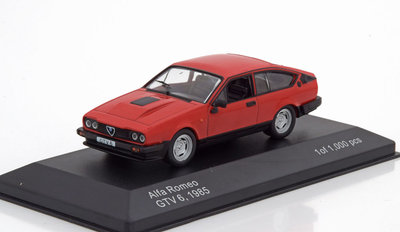 Whitebox 1:43 Alfa Romeo GTV 6 1985 rood