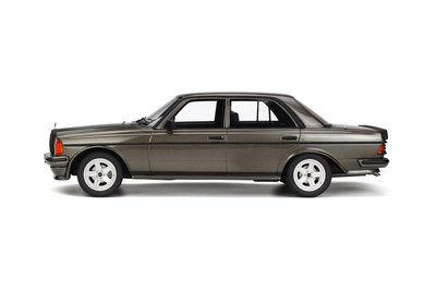 Otto Mobile 1:18 Mercedes-Benz (W123) AMG 280 Anthracite grey Lim. 1500 pcs