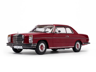 Sunstar 1:18 Mercedes Benz Strich 8 Coupe 1973 rood