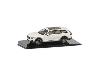 Motorart 1:43 Volvo V90 cross country wit 2018