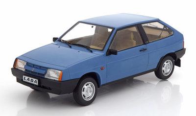 KK Scale 1:18 Lada Samara 1984 blauw, oplage 250 stuks