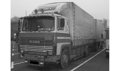 IXO 1:43 Scania LBT 141 wit oranje with Roof Spoiler 1976 Trekker