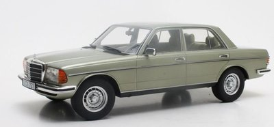 Cult Model 1:18 Mercedes-Benz 280E W123 metallic green 1976