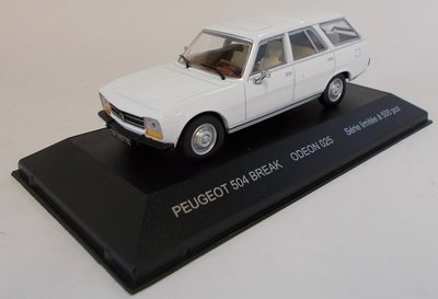 Odeon 1:43 Peugeot 504 Break wit ( product bij IXO)
