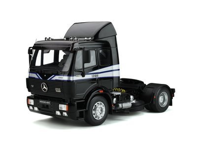 Otto Mobile 1:18 Mercedes-Benz SK 1748 black Trekker