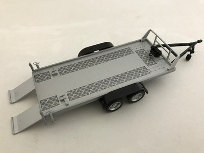 Cararama 1:43 Autoambulance / Tow Car Trailer Two Wheels zilver