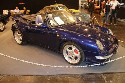 GT Spirit 1:18 PORSCHE 911 (993) TURBO CABRIOLET Iris blue