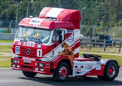 IXO 1:43 Mercedes SK II no1 Racing Team Dehnhardt, trekker