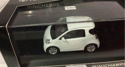 Minichamps 1:43 Toyota IQ wit Dealer verpakking