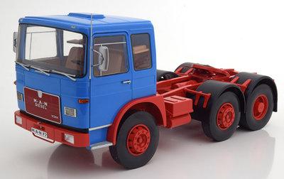 Road Kings 1:18 MAN 16304 F7 1972 blauw rood, oplage 750 stuks