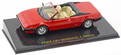 Atlas 1:43 Ferrari Mondial Cabriolet rood, in vitrine