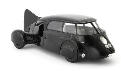 Autocult 1:18 Dubonnet Dolphin zwart  Prototype France 1935 zwart incl vitrine