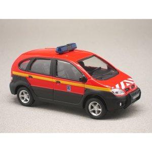 Cararama / OLIEX 1:43 Renault Scenic RX4 4x4 SDIS 02 Aisne in vitrine