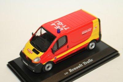 Cararama / OLIEX 1:43 Renault Trafic Securite Civile in vitrine