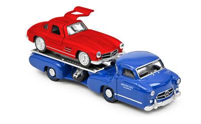 Norev 1:64 Minijet Mercedes-Benz Renntransporter blauw met Mercedes-Benz SL 1955 rood