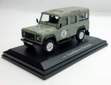 Cararama / OLIEX 1:43 Land Rover Defender Long Vigipirate