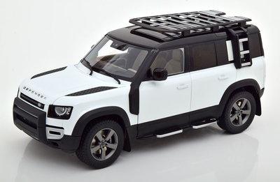 Almost Real 1:18 Land Rover Defender 110 2020 wit zwart met accessoires