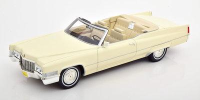 Cult Model 1:18 Cadillac DeVile Cabrio 1970 wit