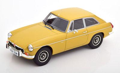 Cult Models 1:18 MG B GT V8 harvest gold yellow 1973