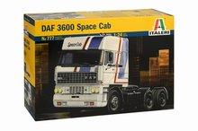 Italeri 1:24 Daf 3600 Space Cab plastic modelkit