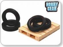 Hobby Gear 1:24 Pallet & Sprare Tire