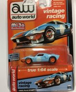 Auto World 1:64 Ford  GT40 Vintage Racing Gulf 1965