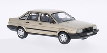 BoS 1:43 Volkswagen Passat Santana 1986 metallic beige